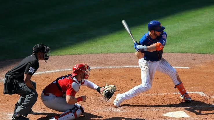 Baseball Food Honors Go to Delaware North Sportservice